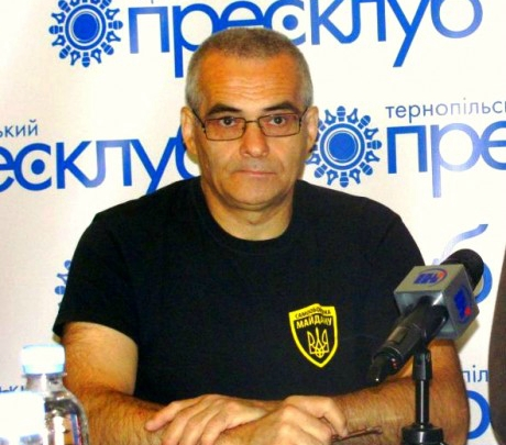 """Тернополянин: """"На сході є українські патріоти, але вони сидять по підвалах"""""""