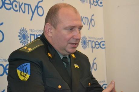 """Командир """"Айдару"""" в Тернополі про приватизацію батальйонів та стіну з Росією (фото, відео)"""