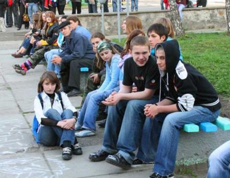 Агресивні підлітки тероризують цілий район Тернополя