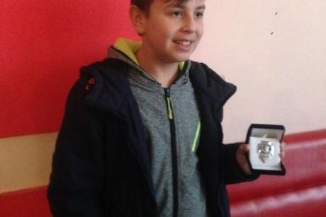 Тринадцятирічний Максим Чайковський з Борщева уже чотири роки займається волонтерською діяльністю