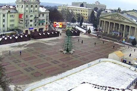 19 грудня на Театральному майдані урочисто засвітять головну ялинку Тернополя