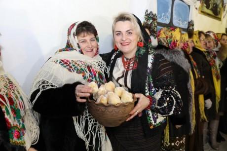 На Тернопільщині пройшов грандіозний різдвяний карнавал (ФОТО)