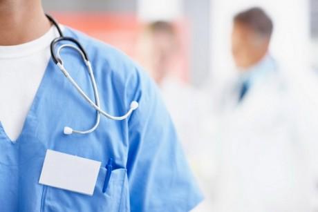 Монастириська лікарня, яка стала центром епідемії, терміново збирає гроші на апарати штучної вентиляції легень