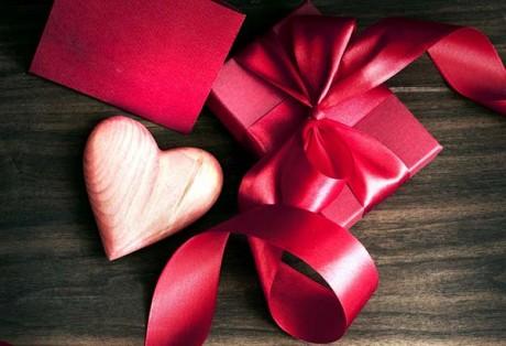 Як зорі кохання сяють на День Валентина
