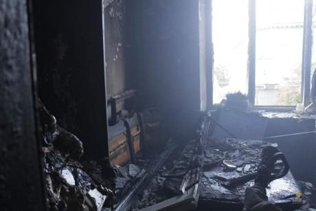 З'явилися перші фото зі спаленої квартири на Руській (ФОТО)