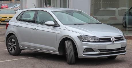 2018_Volkswagen_Polo_SE_TSi_1.0_Front